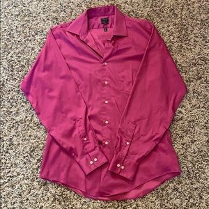 Men's magenta dress shirt